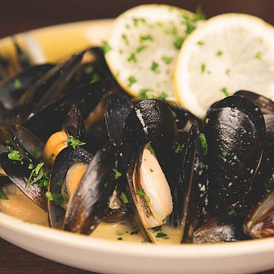 Hot Rocks Mussels